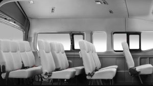 VanVip-Transporte ejecutivo y de turismo en santiago Nissan NV350-3